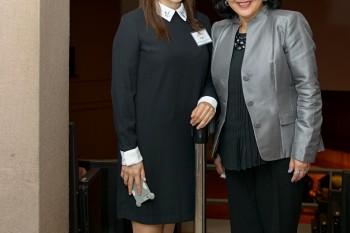 Teresa Carale presidenta de Murray Hill Institute con una de las coordinadoras del Simposio