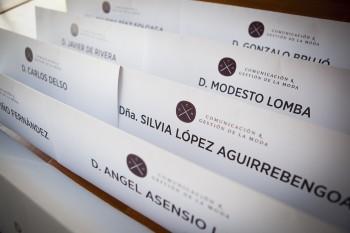 Meseros de los ponentes de las X Jornadas Moda y Comunicación  2016. Foto: Carlos de la Osa.