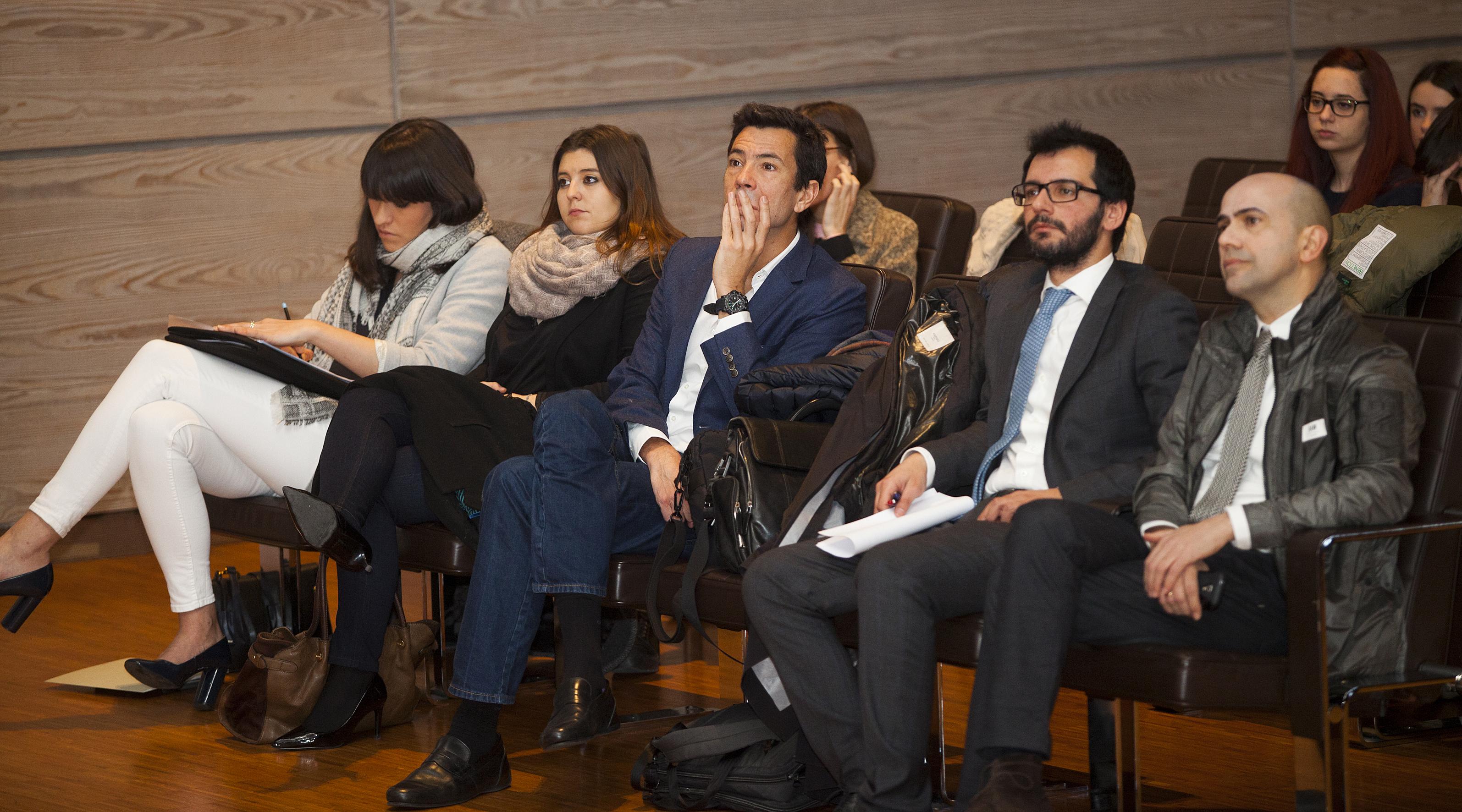 Pilar Riaño y Vanessa Luaces, de Modaes.es; Juan Manzanedo, de Logisfashion, Christian de Angelis, de Modaes.es y Jesús, Ruiz, Fundación Estudios de la Comunicación (Fec). Foto: Carlos de la Osa.