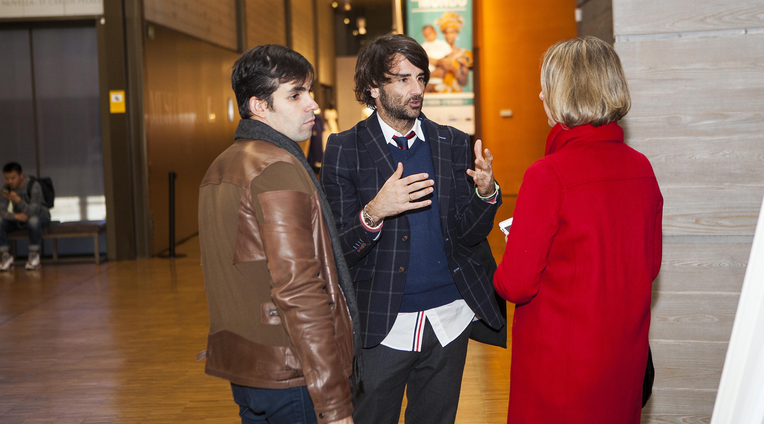 Asistente a las X Jornadas Moda y Comunicacion con Antonio Riera de El Ganso con la diseñadora Kerstin Krause. Foto: Carlos de la Osa.