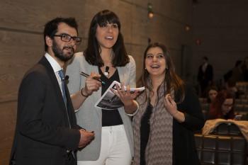 Christian de Angelis, Pilar Riaño y Vanesa Luaces de modaes.es. Foto: Carlos de la Osa.