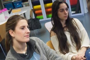 Fátima y Lucia, alumnas de 1º Periodismo y CGModa. Foto: CGModa.