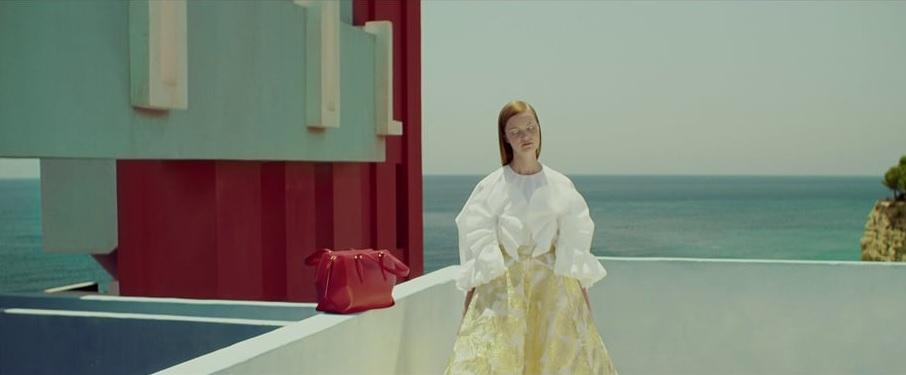 Imagen del fashion film de Delpozo para la campaña Primavera Verano 2016.