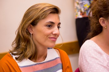 Laura Escanciano, profesora de CGM, durante el encuentro