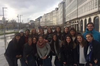 Alumnos de Moda después de la visita a Inditex