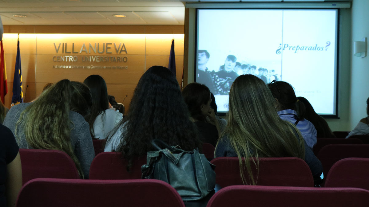 Alumnos de CGM durante la ponencia