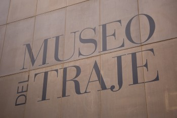 Fachada del Museo del Traje