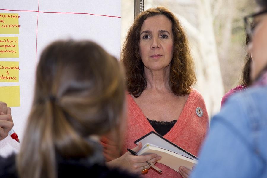 Asistente participando en el Taller de Emprendimiento