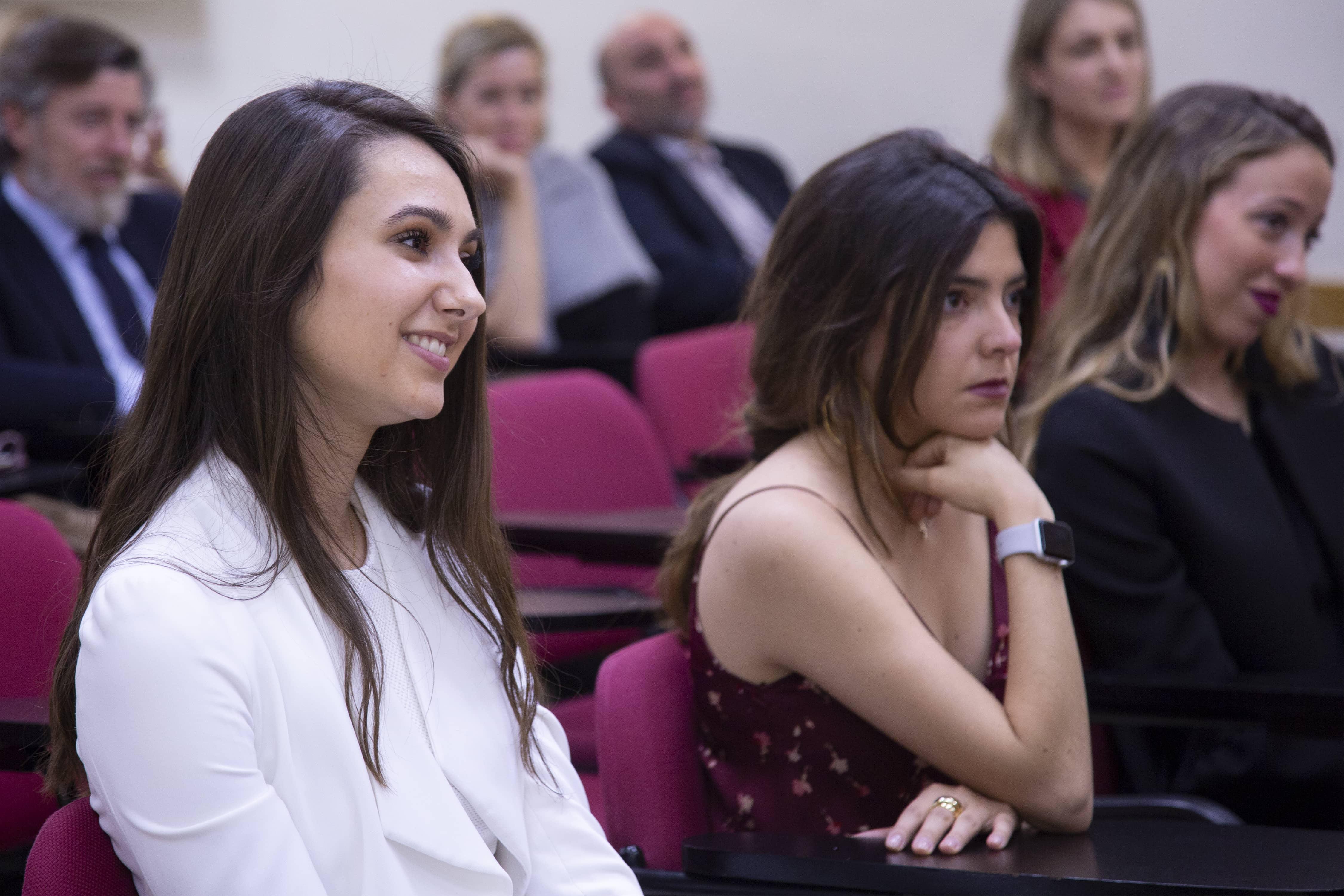 Alumnos de la VIII Promoción durante el acto