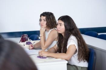 Alumnos durante la masterclass de Luis Lara