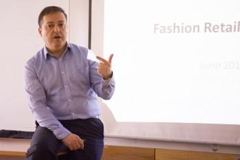 Luis Lara, autor del libro