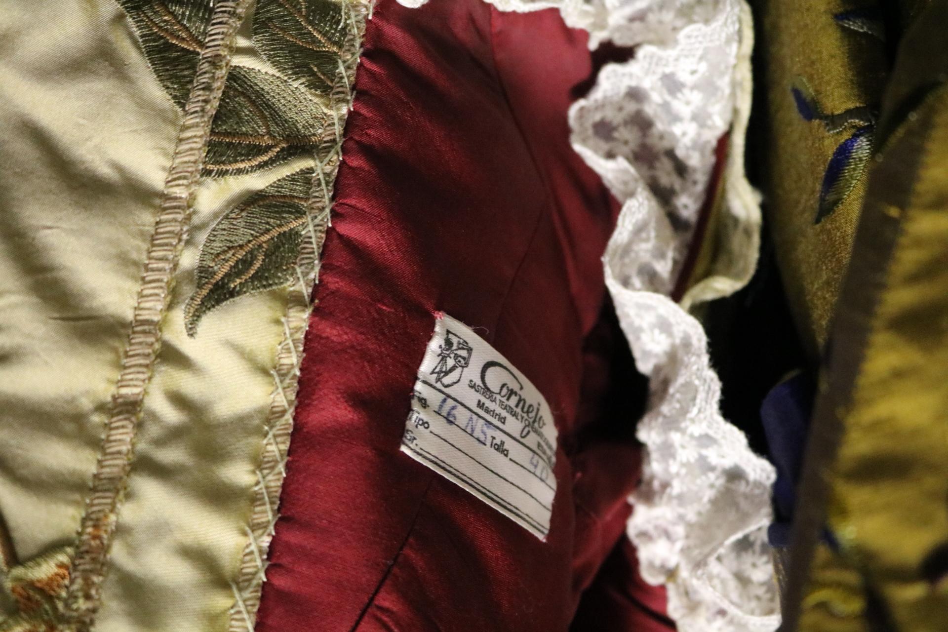 Etiqueta ropa de Sastrería Cornejo