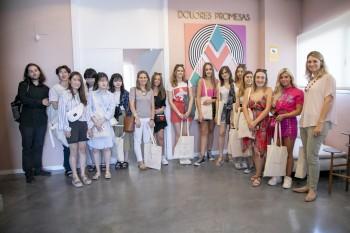 Foto de grupo en la sede de Dolores Promesas