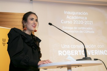 Mónica Valero, Estudiante egresado de la X Promoción del Diploma en CGModa