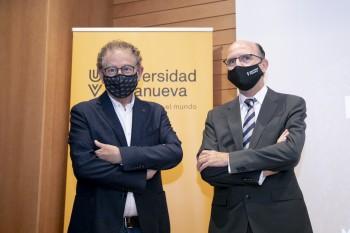 Roberto Verino junto a José María Ortiz, Rector de la Universidad Villanueva