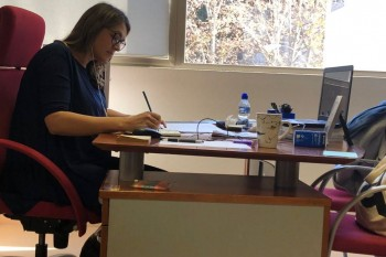 Teresa Pérez del Castillo durante la defensa de su tesis