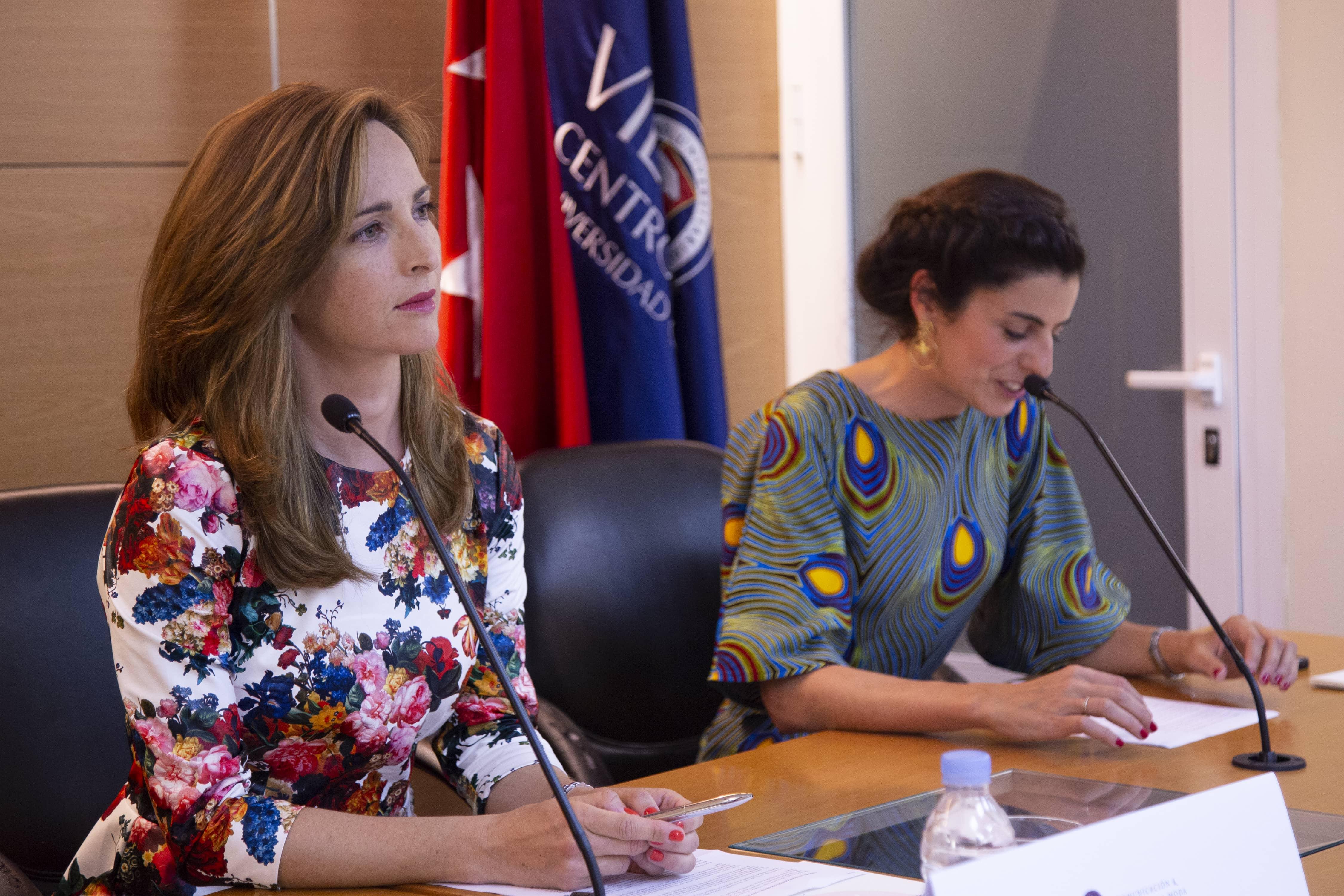 Paloma Díaz Soloaga, directora honorífica de CGModa y Pilar Miguel
