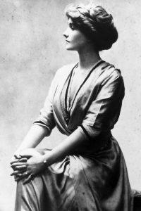 Imagen de la joven Coco Chanel. ©️ Granger/REX/Shutterstock